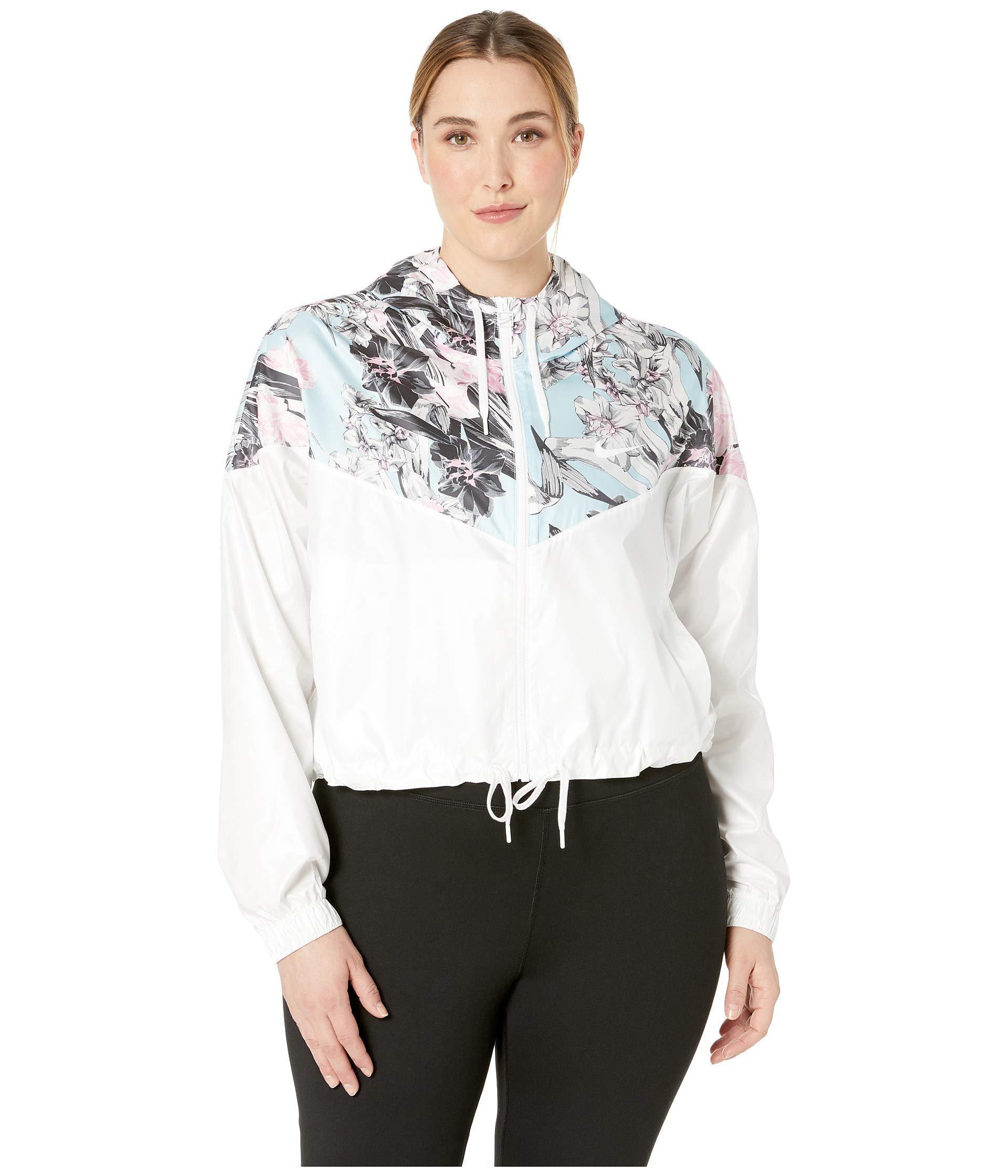 7584516cd67 Lyst - Nike Plus Size Sportswear Hyper Femme Jacket Crop Windrunner ...