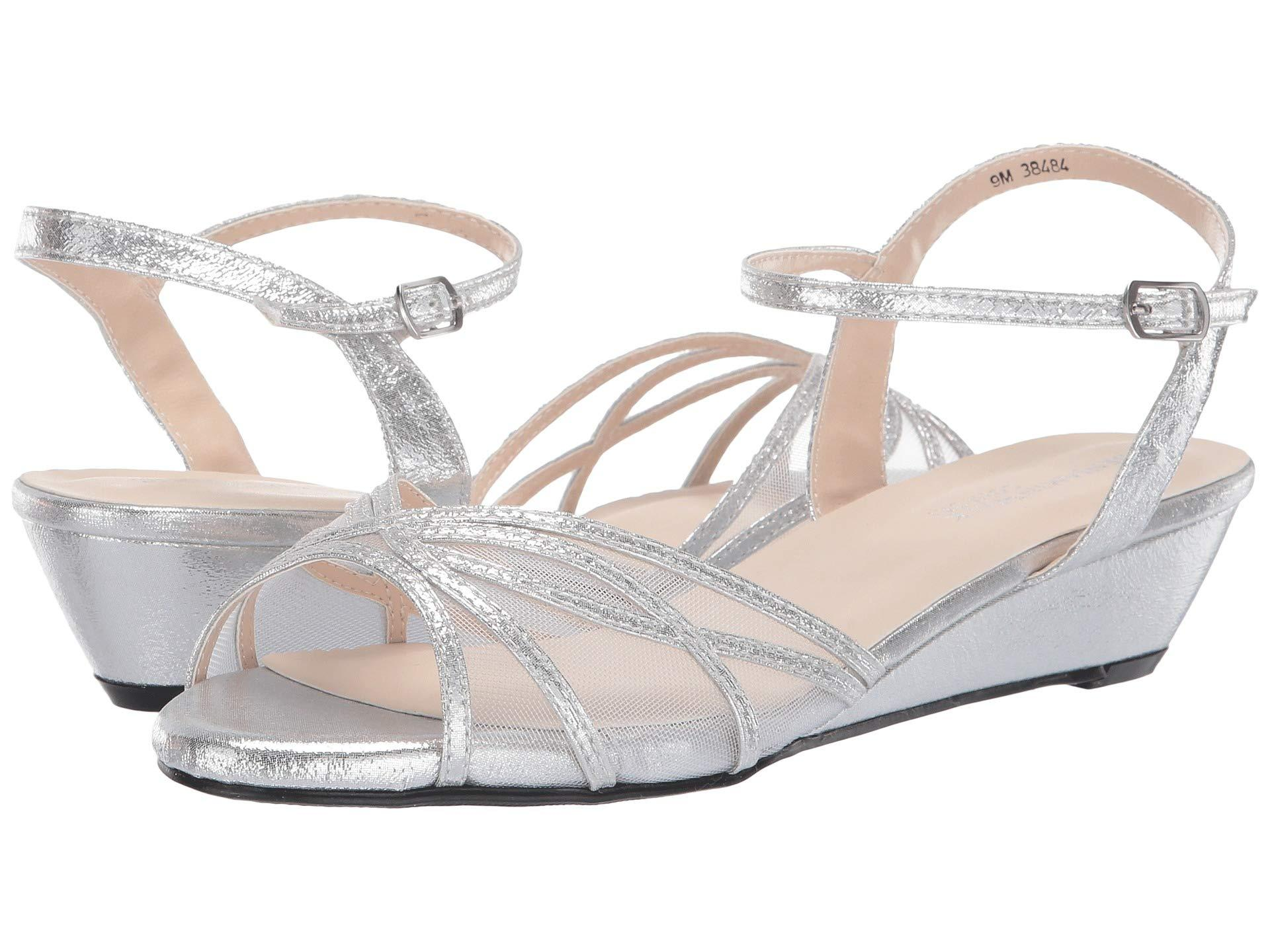 2c33f2e28c5704 Lyst - Touch Ups Desi (nude) Women s Shoes in Metallic