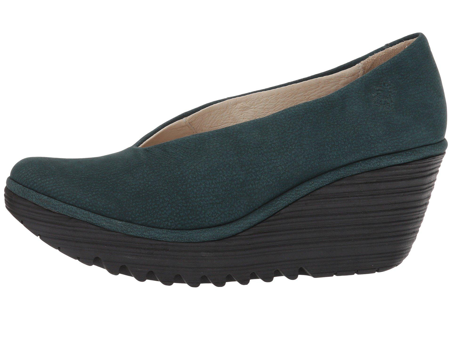 Fly London Yaz Black Mousse Women S Shoes Lyst