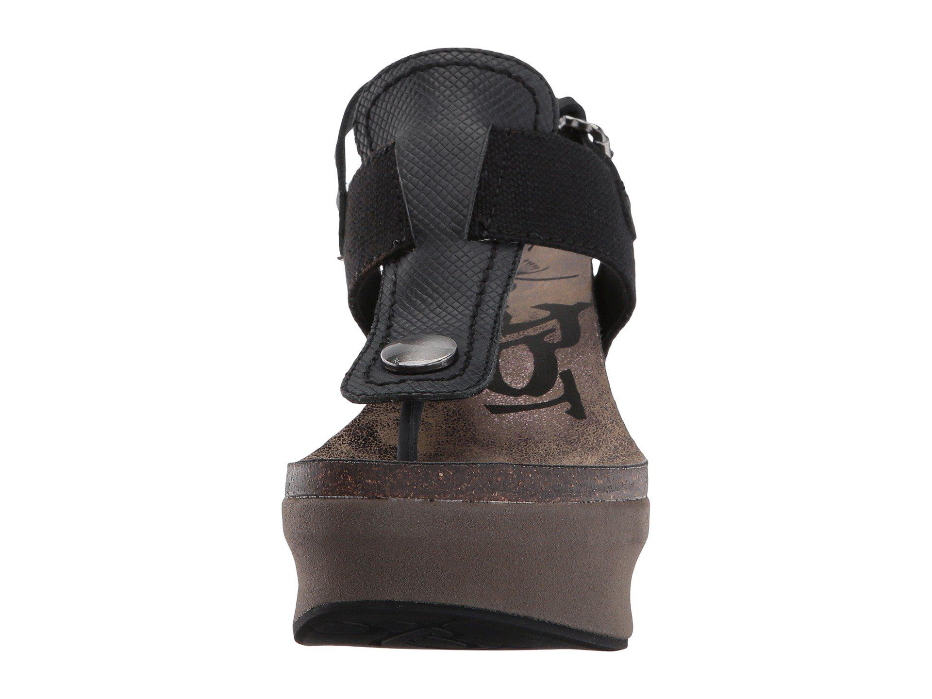 b0f47bfe9c8 Otbt - Black Joyride (copper) Women s Wedge Shoes - Lyst. View fullscreen