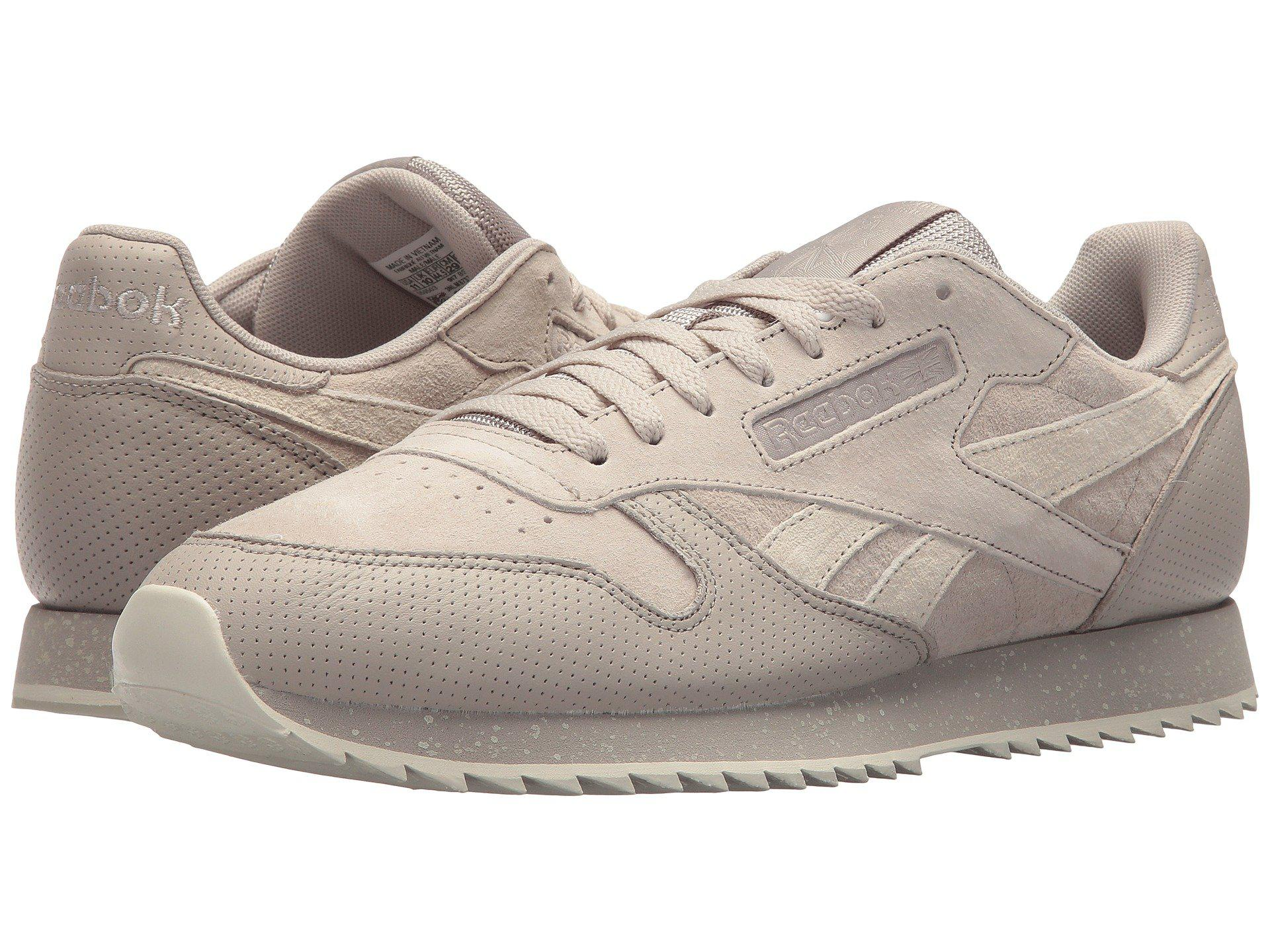 4b83b64c65e63 Gallery. Previously sold at  Zappos · Women s Reebok Classic Leather ...