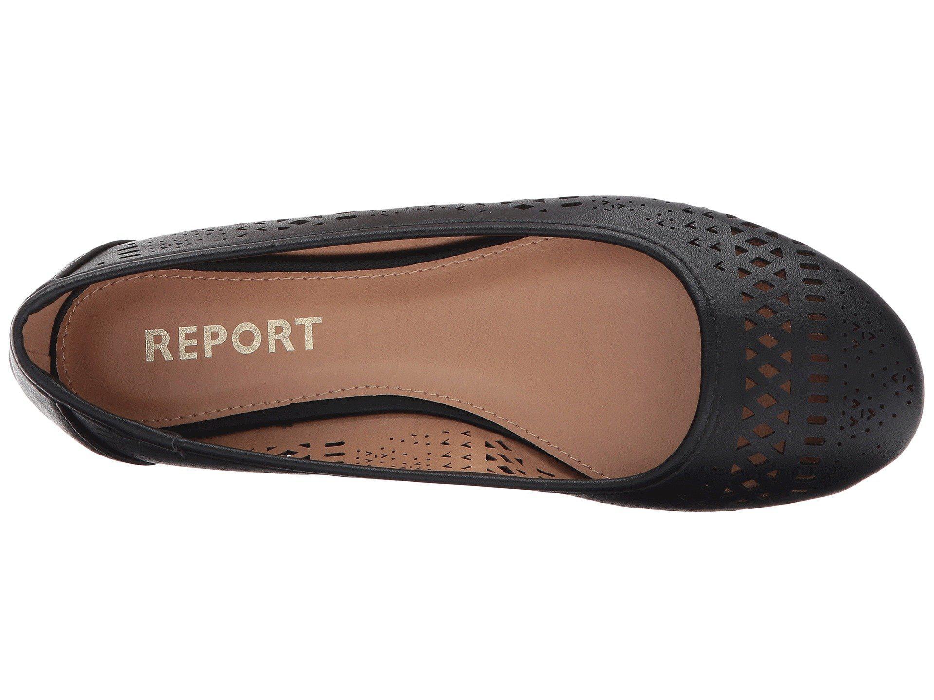 Report Womens Maaka Ballet Flat