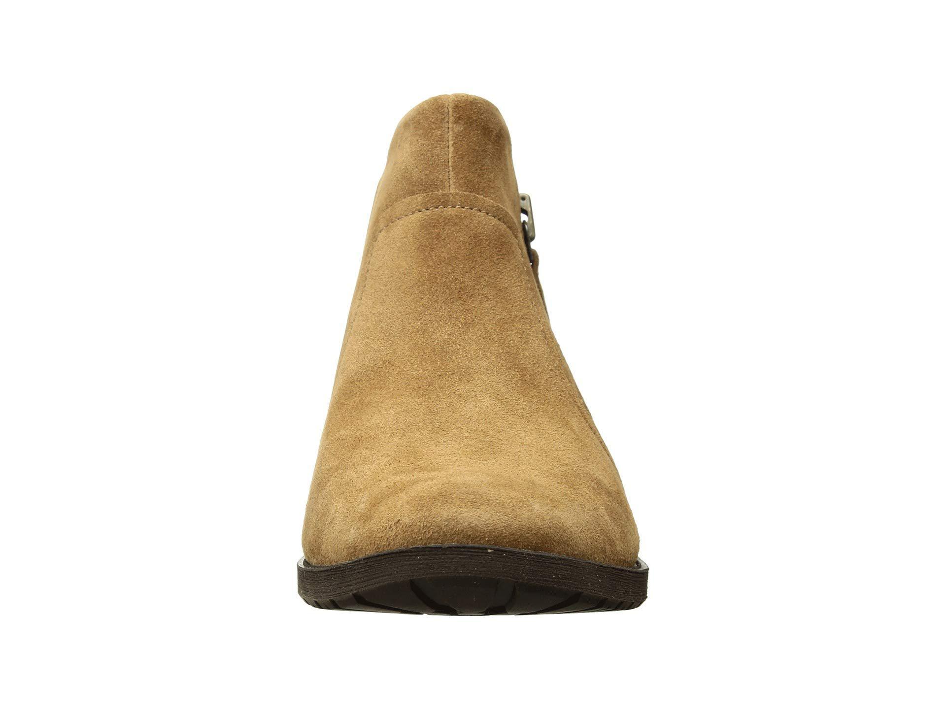 4adb5c2df69 Women's Brown Aureo Boot (chestnut Suede) Zip Boots