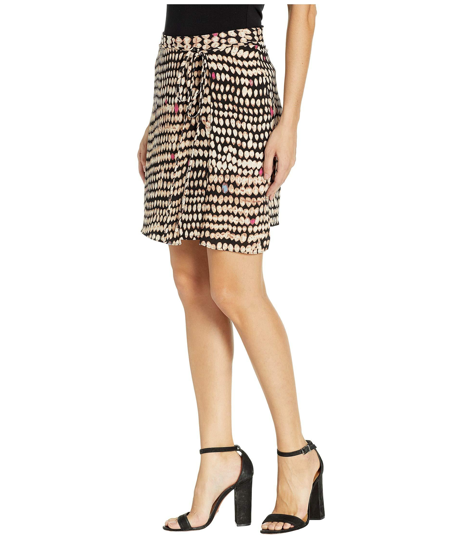 d3910e5622d1 Lyst - BCBGMAXAZRIA Sandy Dots Mini Skirt in Black