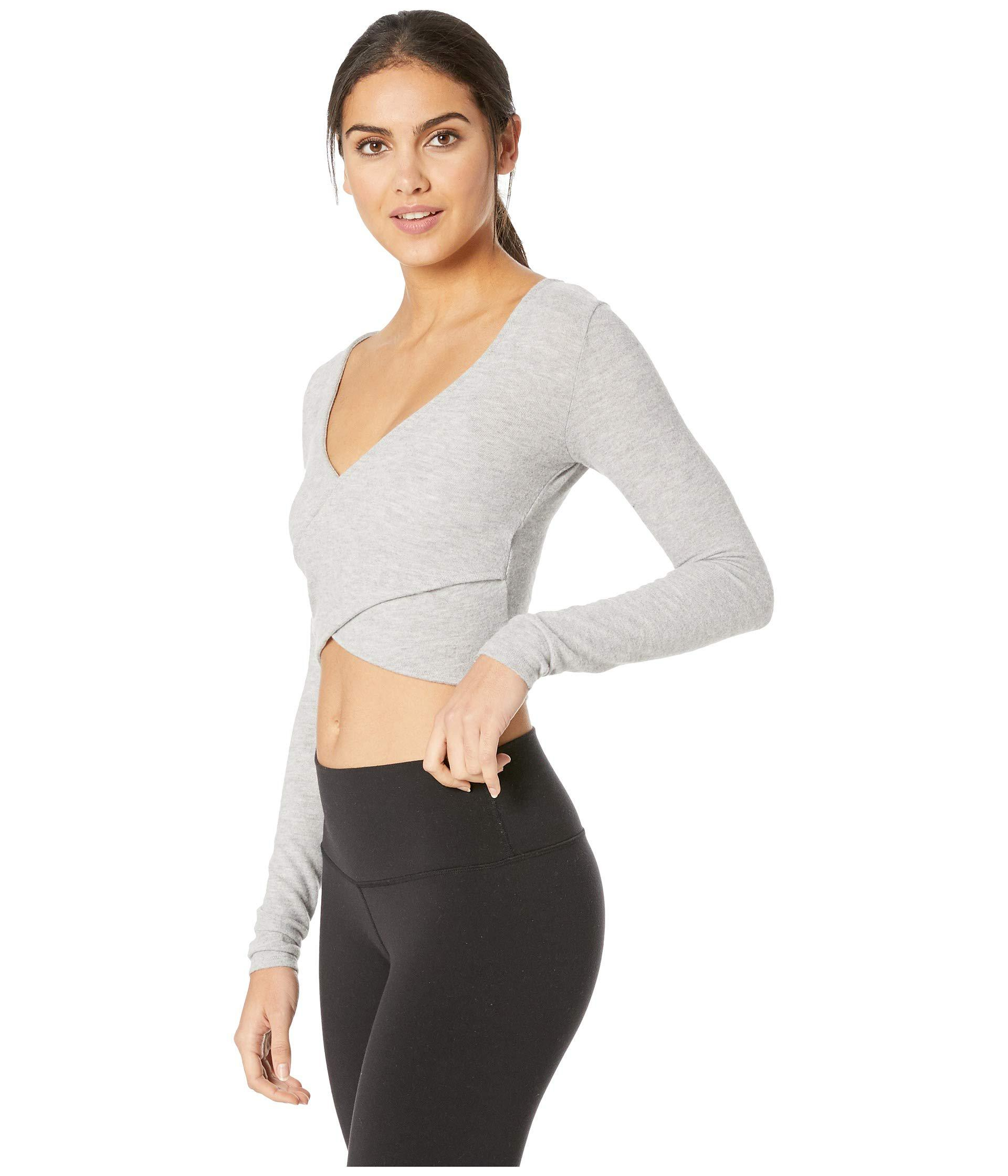 307d91abb80b1 Lyst - Alo Yoga Amelia Luxe Long Sleeve Crop (dove Grey Heather) Women s  Clothing in Gray