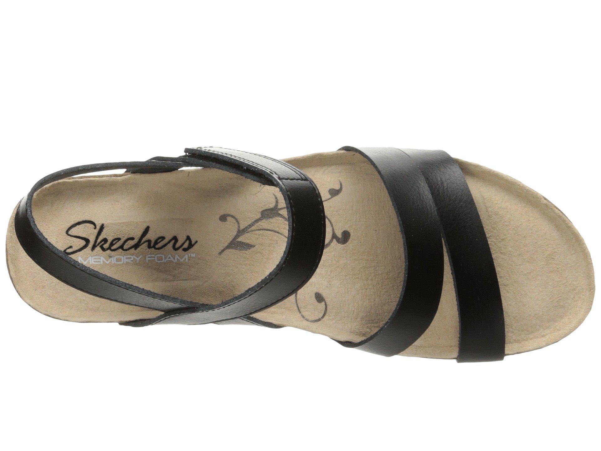 Skechers Troos Simply Effortless in Black Lyst