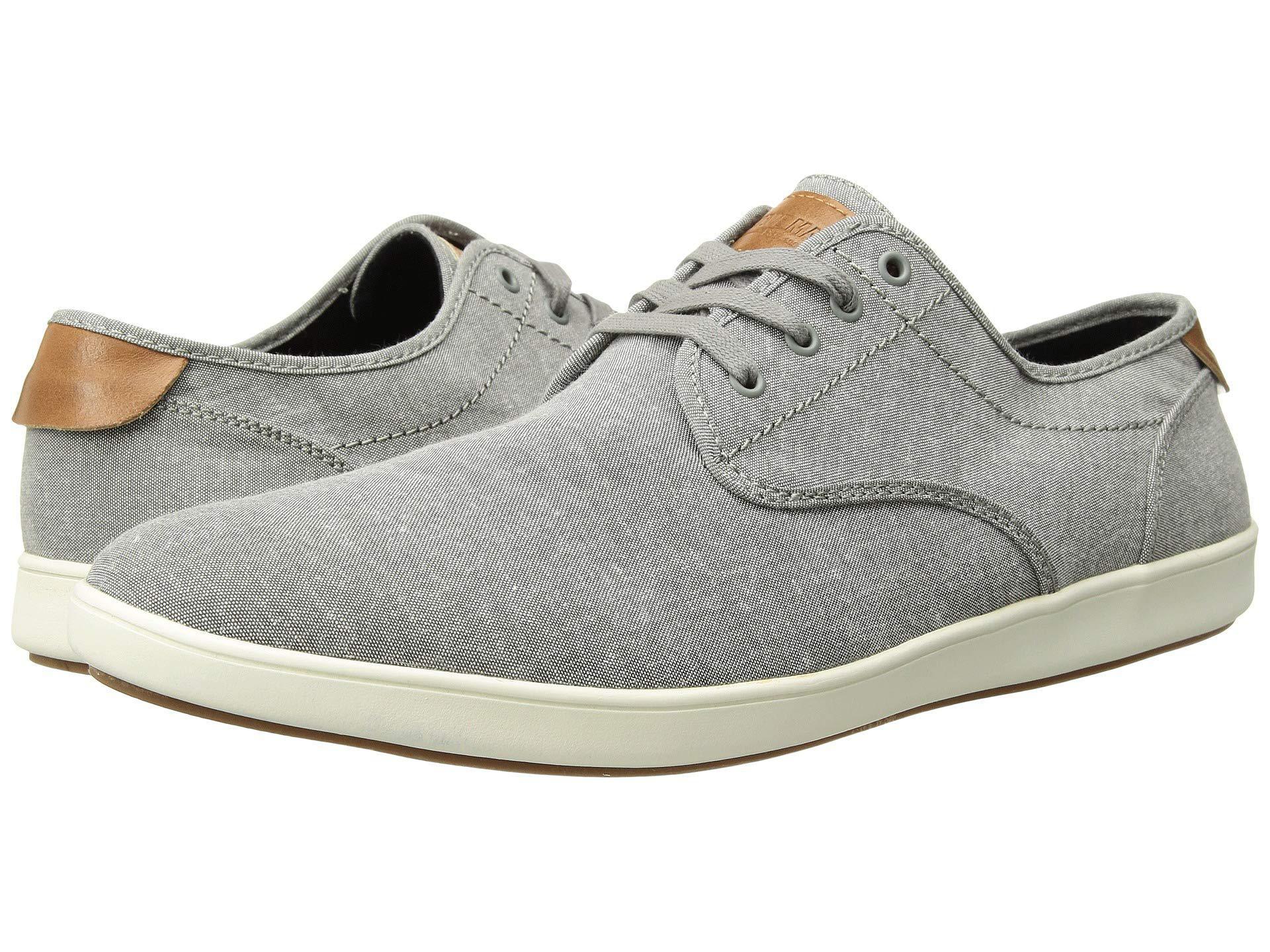 Steve Madden Lace Fenta Fashion Sneaker