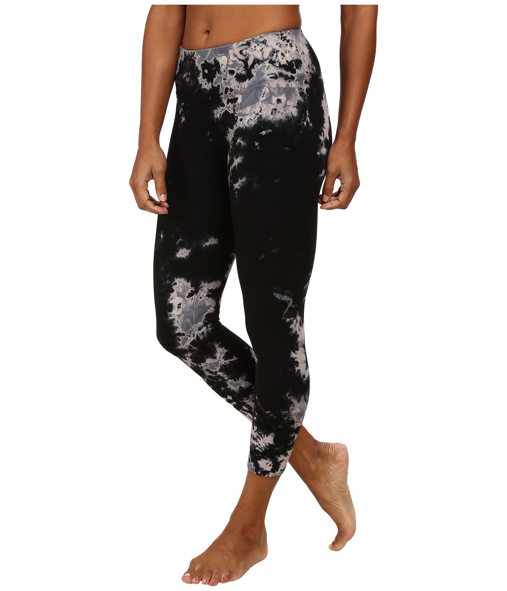 f19ba86753f8b Lyst - Hard Tail Flat Waist Capris (ombre Wash 2) Women's Capri