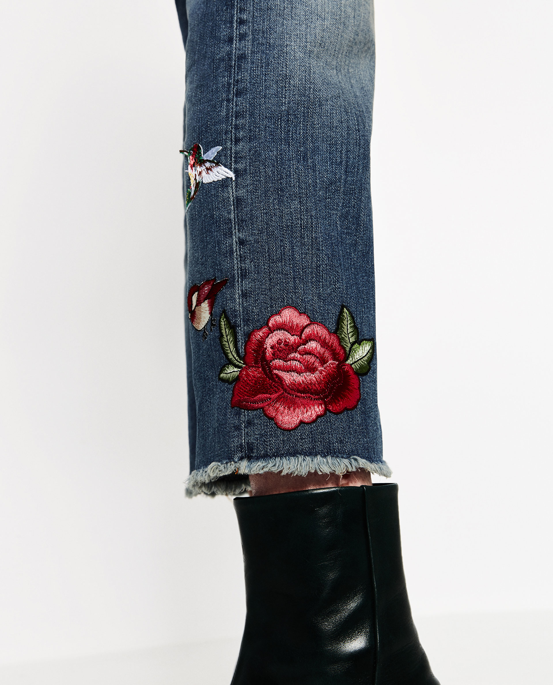 Zara Cropped Embroidered Jeans In Blue  Lyst